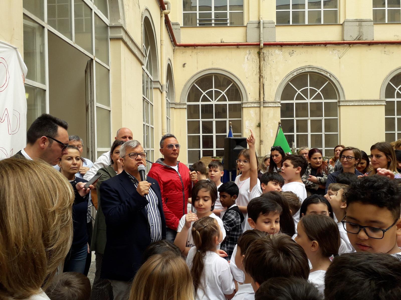 Festa al Plesso Froebeliano per l'inaugurazione del cortile restaurato